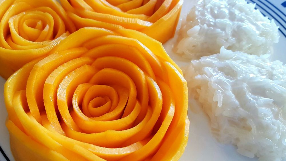 Enjoying Life Thai Dessert Mango Sticky Rice Food Dessert Carved Carved Vegetable Sweet Sweet Food Thailand Check This Out