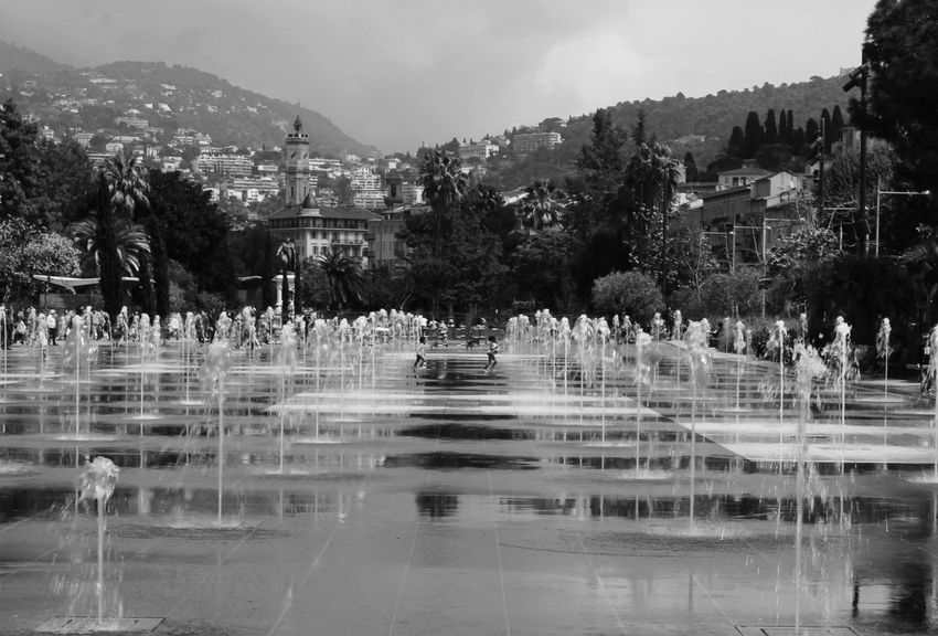 Nizza Sea Fountain Nice France Provence Funny Child Water Nature Architecture Outdoors Live For The Story Live For The Story