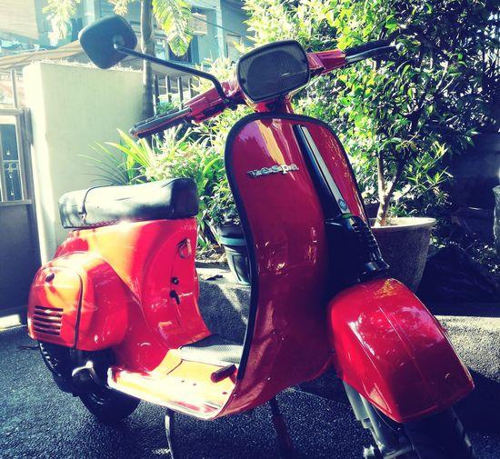 Bandung Vespagram Vespa Indonesia Classic Vintage Special90 Red Smallframe Ride