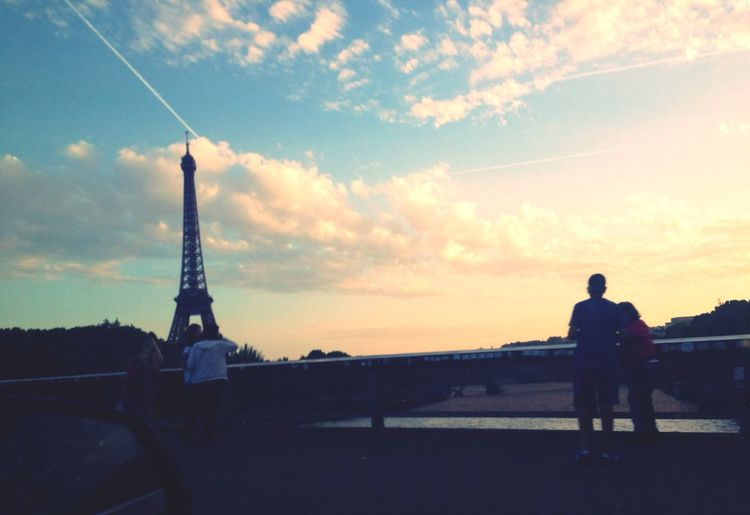 Enjoying Life View Sky Beautiful Day