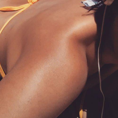 Da-lhe cor na mulher invisivel...Bronzeadodeescritorio