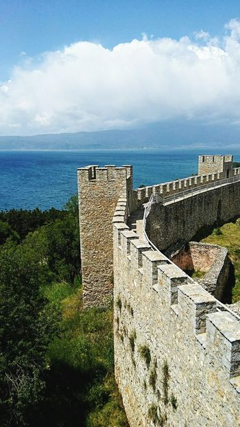 Samuil fortress and lake Ohrid Macedonia Macedonian Beauty Lakeshore Ohrid Lake Fortress Fortress View Fortress Wall Fortress Of Stone Fortress Towers Samuil Fortress No People Outdoor Photography Historical Place Fortress Europe Landscape Lakeside Lake View Lake And Mountain And Sky Republic Of Macedonia Architecture Built Structure History Horizon Over Water High Angle View Travel Destinations