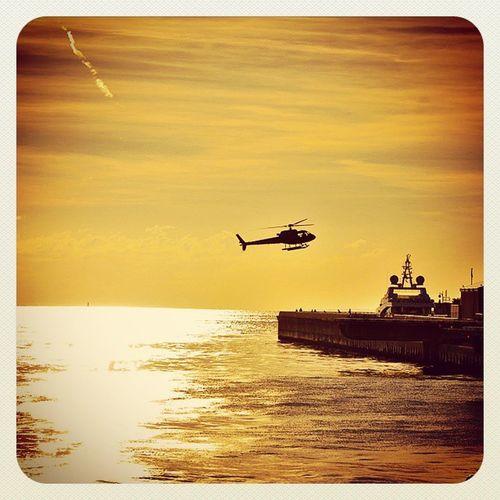 Héliport de Monaco Nikonfr Unmomentsidoux Igersfrance Igerspaca Monaco Sunset Helico Igersmonaco Sea