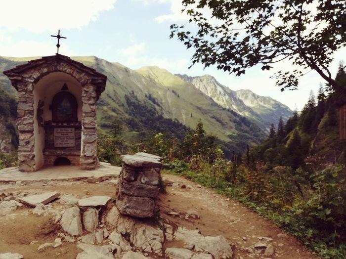 Kappelle Pfad Pilgerweg Alpen Alpenpanorama Alpenwelt Mountain Range Mountain Sky Landscape Architecture Ancient Civilization Old Ruin Scenics