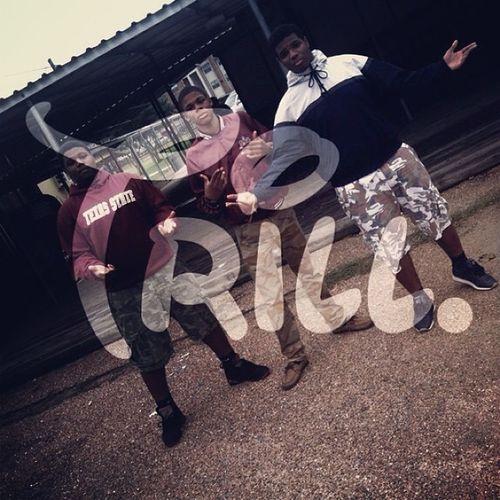 Keep Yo Circle Tight, Niggas Will Turn On U N Betray U Ina Quick Second . Watch Yo Surroundings !! Like Yfg Trill Goodmorning