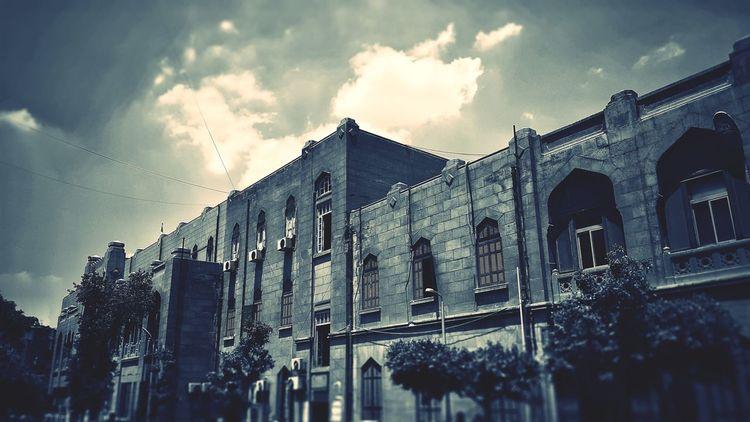 Architecture Engineering Sky University History Egypt Campus Faculty Of Engineering University Campus Cairo Egypt Ain Shams Uni Built Structure Abdo Basha Outdoors EyeEmNewHere The Architect - 2017 EyeEm Awards BYOPaper! The Architect - 2017 EyeEm Awards