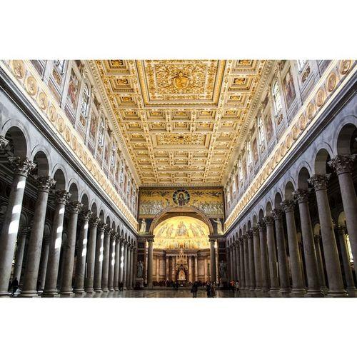 Gold.   Basilicasanpaolo Yeswecanon Italy Rome Church Gold Amazing