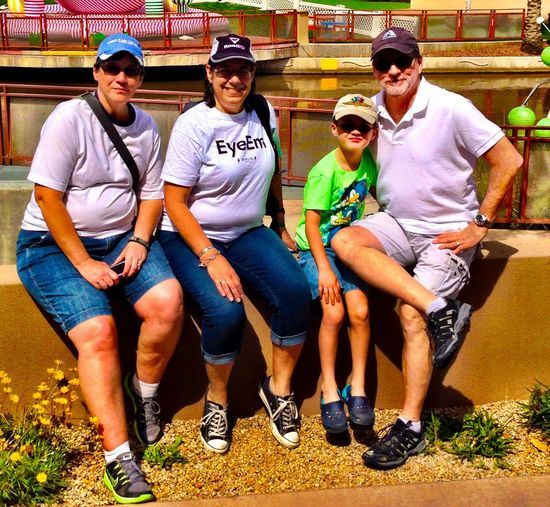 Small but sweet EyeEm Meetup in Phoenix Arizona at the Canal Convergence Festival in Scottsdale, Arizona Eyeem Phoenix Meetup2 IPhoneography Scottsdale Public Art Theartofiphoneography