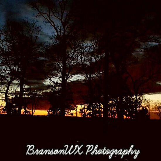 2nd of 4 sunset pix tonight in Branson Mo Taking Photos Hello World Capture The Moment Lovely Weather Beautiful Surroundings Hello World Taking Photos View