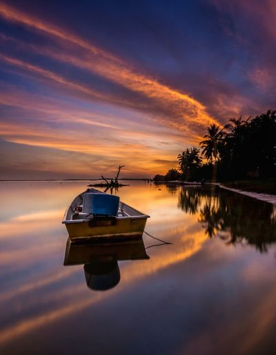 Boat sea water
