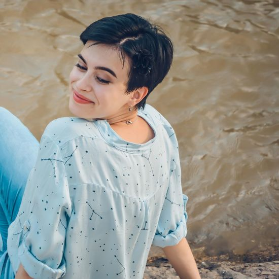 Ph: Mikko Hietanen Urban Urbanphotography Smile Smiling Photography Photo People Girl Model Black Hair Short Hair Shorthair Beauty In Nature Young Women Beautiful Woman Beauty Water Females Women Portrait Beautiful People Fashion Summer Boho Hippie