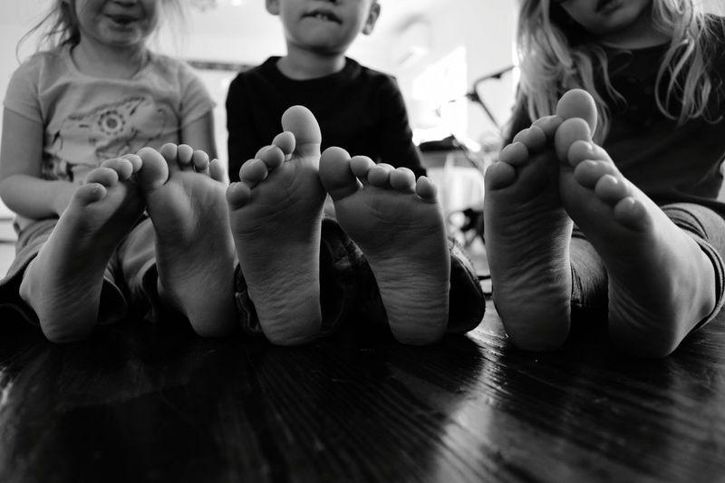 First Eyeem Photo Kids Kidsphotography Kids Of EyeEm Kids Are Awesome Kids_of_our_world Kids Being Kids Feets Littlefeet Boysandgirls USA Maryland USA Littleangels Bless Playdates Friendship Friends ♥ EyeEmNewHere Eyeemphoto EyeEm