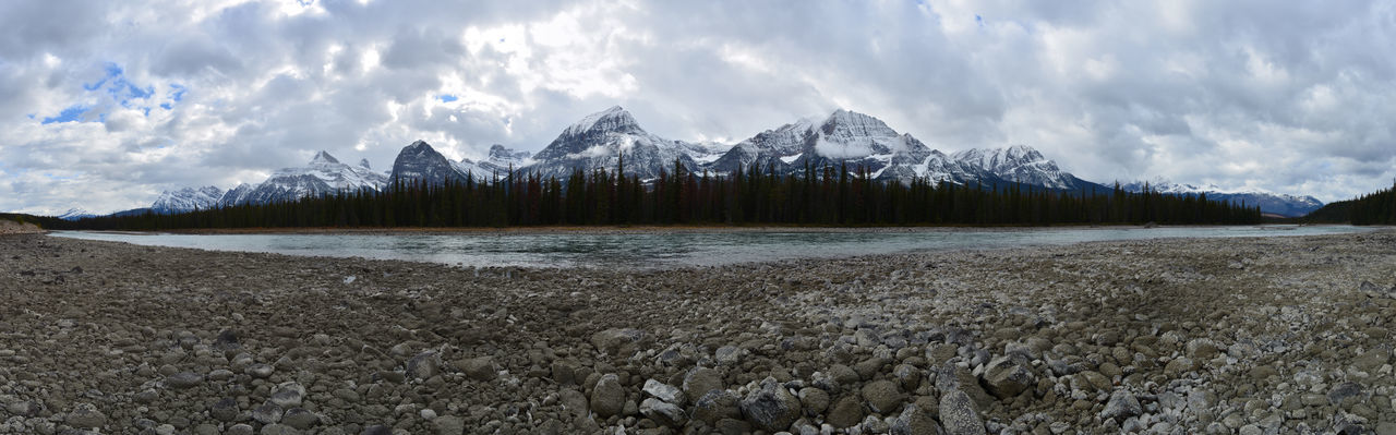 Icefields Parkway Canada Jasper National Park Banff National Park  British Columbia Alberta Roadtrip Travel Destinations Athabasca River Panoramic Photography Panoramic View Panoramic Landscape Nature River Rocky Mountains Rock Formation Snowcapped Mountain