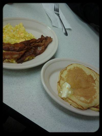 Breakfasttt :)