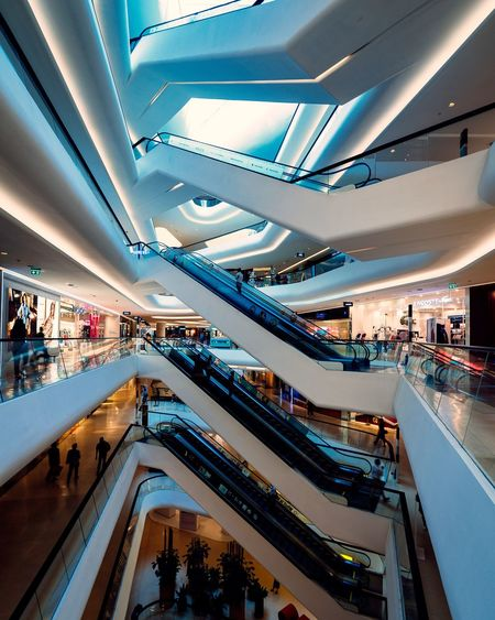 Architecture Large Group Of People Modern Escalator Retail  Indoors  Built Structure Lifestyles Real People Women Technology Men City Group Of People People Crowd Day Adult Adults Only EyeEmNewHere