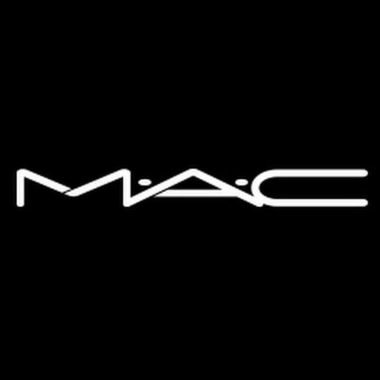 dream come true ❤🖤❤ Mac Mac Cosmetics Mua Makeup Makeupartist Makeupaddict Makeuplover Black Background Black Color