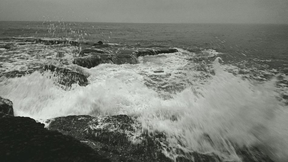 Wild Tides. TheFoneFanatic Nokia808 Mobile Photography Phone Photography Tides Wave Scenics Nature The Week On EyeEm Beach Landscape Vacations Sea Beautiful Sky Blackandwhite Be. Ready.