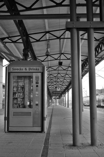 Black And White Blackandwhite Ceiling Connection Deminishing Perspective Empty Imbiss Monochrome No People Outdoors Railway Station Station Train Travelling Waiting Way Forward Snack Time! Drinks Automat Monochrome Photography