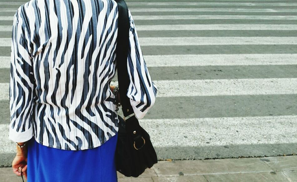 Zebra Crossing Streetphotography The Street Photographer - 2015 EyeEm Awards Urban Photography Zebra♥ Taking Photos Urban Scene City Life