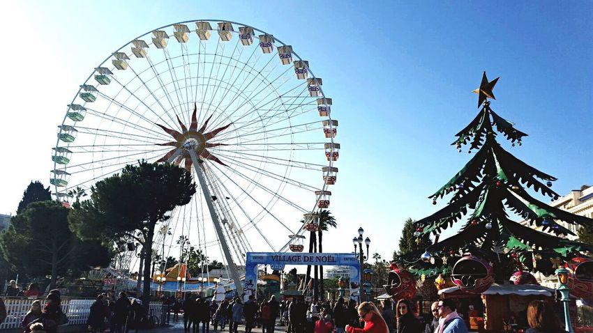 Nice ruota panoramica Noël Three Panoramic Round Ruota Panoramica Ruota Fun Funny Faces Park Luna Park Christmas Tree Albero Di Natale Giostra