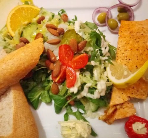 Salad Salad Food And Drink Salad Tomato Plate Freshness Vegetable Food Healthy Eating Close-up Ready-to-eat No People Food And Drink Foodphotography Food Photography Foodlover Food♡ Salad Time Salads Salmonsteak SalmonLove Healthy Food Healthy Healthyfood