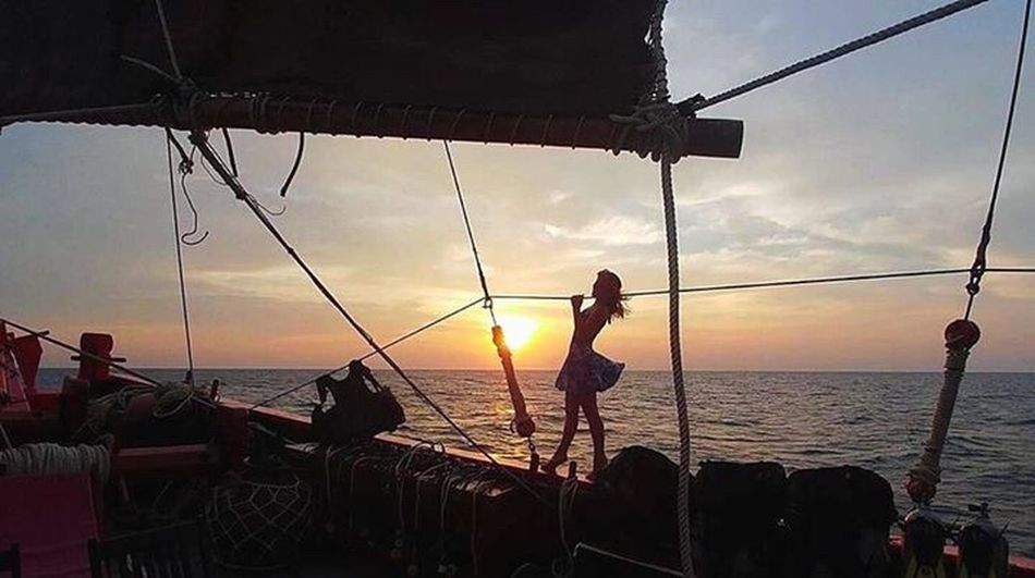 You must not lose faith in humanity. Humanity is an ocean; if a fee drops of the ocean are dirty, the ocean does not become dirty. /Gandhi/ Liveaboard Sunset Scuba Diving The Junk Similan Island, Thailand Pirate Paradise Superruta