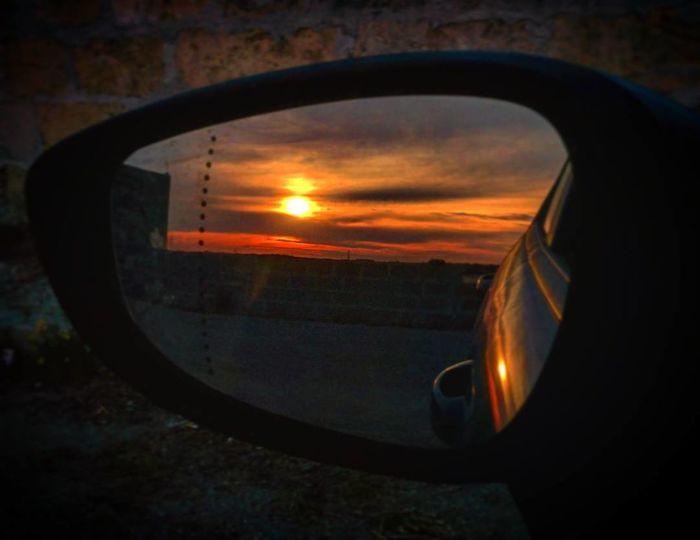 Sunset Window No People Sky Outdoors Close-up Nature Day Summer Nature Italia Italy Summer 2017 Tramonto Sunshine Sole Sun Estate Estate2017 Summer Mirror Mirrors Riflesso Specchio EyeEmNewHere