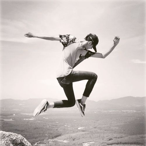 Beautifully Organized Jumpshots Jumping Teenager Motion Fun