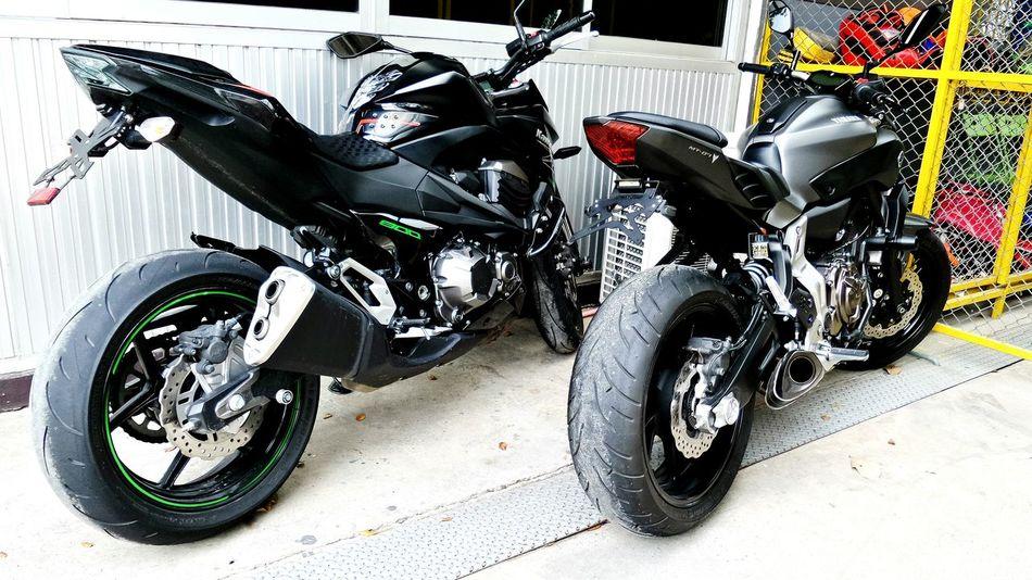 Kawasaki Z800 Yamaha Mt07