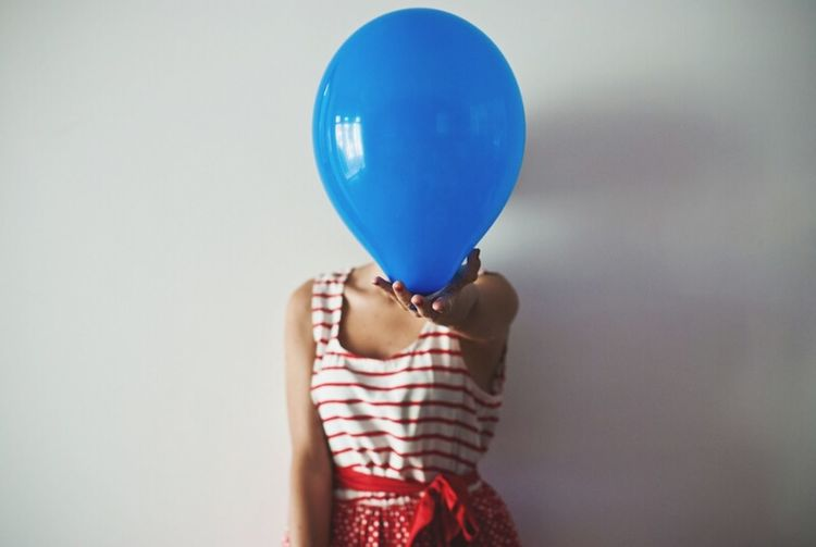 🎈 Picturing Individuality Balloons🎈 Minimal Portrait Faceless Selfportrait Color Portrait Blue Wave Focus Object