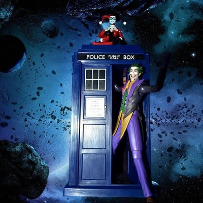Don't get into a spaceship with a Mad man, didn't anyone ever teach you that?? Doctorwho Actionfigureadventures Buddytoyz Socaltoycrew Mytoysquad Toyplanet Toys4life Toyographer Bazinga Nerd Geek Bored Photooftheday Funny Weird LifeIsTooShort Whysoserious Instaquote Drwho Shopped Tardis Drwho Doctorwhovian TheTardis Doctorwhovian whovian whovians snogbox DC Harleyquinn Batman Joker