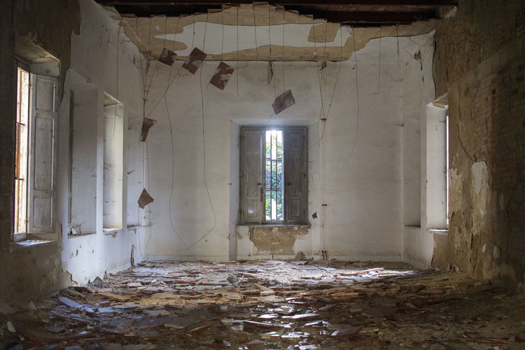 Volterra Volterra Toskana Volterra Toscany Architecture Indoors  Building Built Structure Abandoned No People Window Old Day Obsolete Decline History The Past Bad Condition Wall - Building Feature Mental Hospital