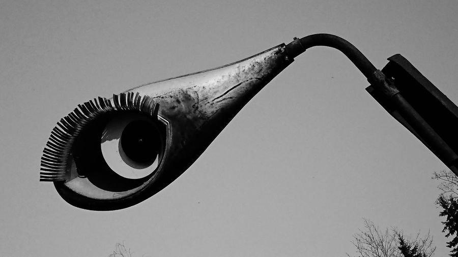 Kunst Ist Was Du Daraus Machst Kunst Im öffentlichen Raum  Lamp Design Eyes Watching You Art Installation Art Is Everywhere EyeEm Best Shots Abstract Eyes Outdoors Blackandwhite Blackandwhite Photography Close-up Taking Photos