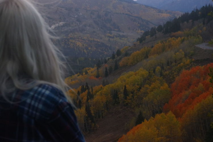 Autumn Leaves Blondewoman Fall Colors Hipstergirl Mediation Mountain View Nature View Zen