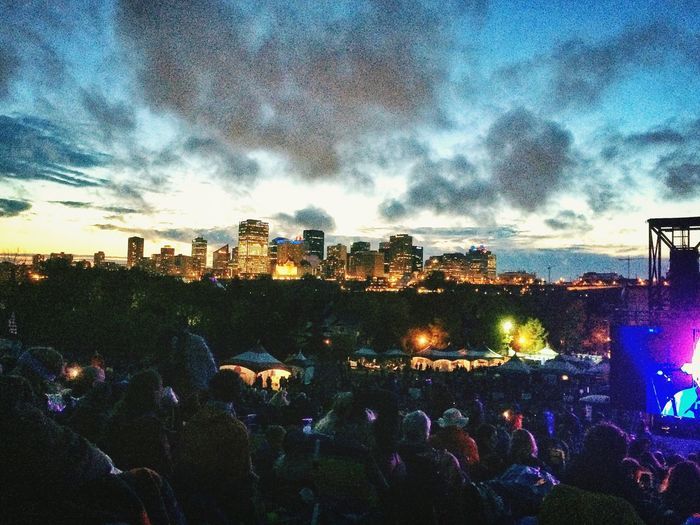 Edmonton Folk Music Festival continues. Shaking Hips Listening Concert Awesome Performance