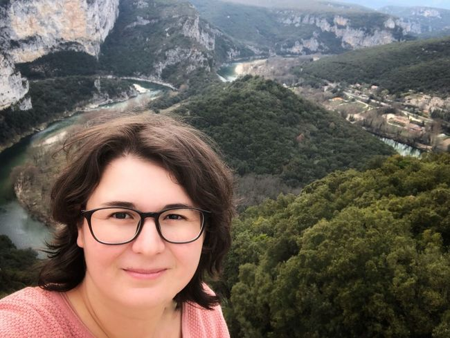 Gorges de l'Ardeche Ardeche France Ardeche Nature Ardeche France Ardeche Gorges Ardeche Gorge De L'ardèche Real People One Person Eyeglasses  Young Adult Mountain Young Women Outdoors Looking At Camera Portrait Beautiful Woman Headshot Lifestyles Leisure Activity