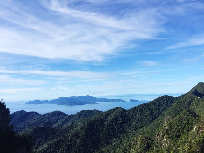 Showcase March Malaysia Langkawi 🐾👣 Perfect Mountain Landandsea Beauty In Nature Check This Out Travel Packyourthingsandtravel Eyeemphoto Bringmeback Lost In The Landscape