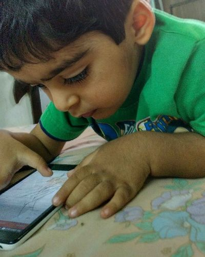 Today's Generation Mobile Technology Attraction Child Child Photography Original Photography Noedit Nofilter