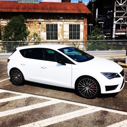 Check This Out Car Newcar Seat Seatleon Cupra 290 Horsepower Race Track Germany White Brembo