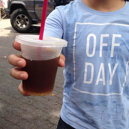 Sunday is off day! Refreshing lo han lo drink at #gayastreetmarket Street Drink Off Day