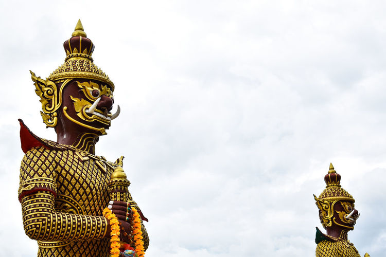 Giant of thailand in temple Art Believe Religion Beautiful Giant Thailand ASIA Asian  Travel Gold King - Royal Person Royalty Gold Statue Place Of Worship Beauty Religion History Protection Arts Culture And Entertainment Buddha