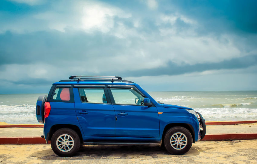 Tüv Tuv300 TUvs Mahindra Mahindraexperience Beach Cars CarShow CarShow Vehicle Beach Life Beach Day Beach Holiday Beachday Sea Beach Sand Adventure Blue Car Water Full Length Sky Horizon Over Water Storm Cloud Off-road Vehicle Sports Utility Vehicle Dramatic Sky 4x4 Road Trip