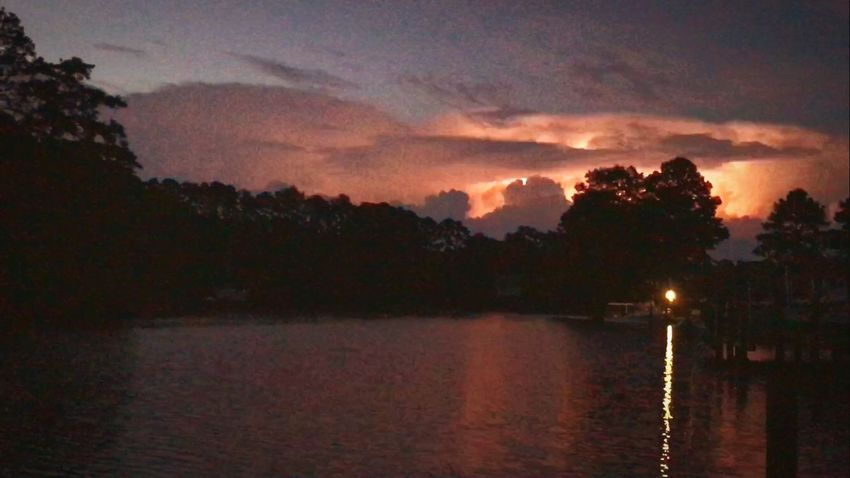 Sommergefühle Sunset Lightning Beauty In Nature Sky Scenics Water Nature Tranquil Scene Tranquility Tree Lake Outdoors Cloud - Sky Lightning Bolt EyeEmNewHere Lightning Storm
