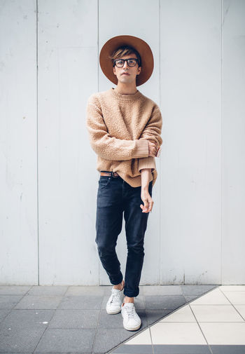 Fashion Week Hat Japan Tokyo Fashion Full Length Glasses Lifestyles Looking At Camera One Person Portrait Standing Young Adult Young Men