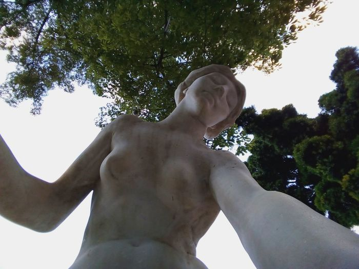 Nude-Art Statue Close-up Day Human Hand Innanimat Low Angle View Naked_art No People Nudeshoot Outdoors Sculpture Self Portrait Selfie Shirtless Statue Wide Shot