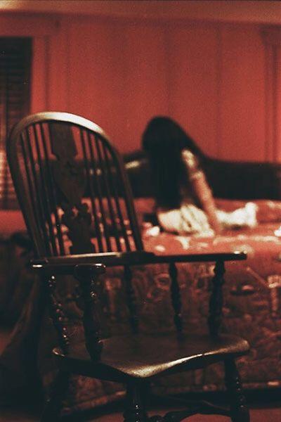 Laurenluck Organsinsleep Ffoiegras Madonnainn Boudoir Odd Selective Focus Film 35mm Woman Dark Creepy
