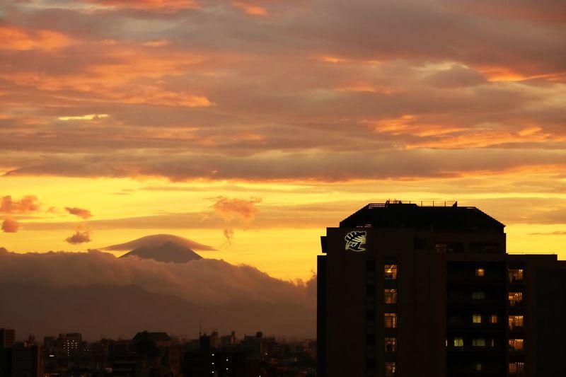 Mt. Fuji Fuji Mountain Mountain View Cloud Capped Fuji Mountain Amazing Clouds Amazing Sunset EyeEm Nature Lover EyeEm Best Edits Clouds And Sky Skyporn