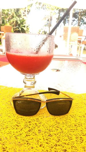 🌻🌻 Drink Drinking Glass Refreshment Food And Drink Cocktail Sunglasses Freshness
