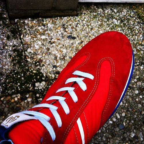 Heel blij met m'n nieuwe Brandweer Sneakers van Vanbommel