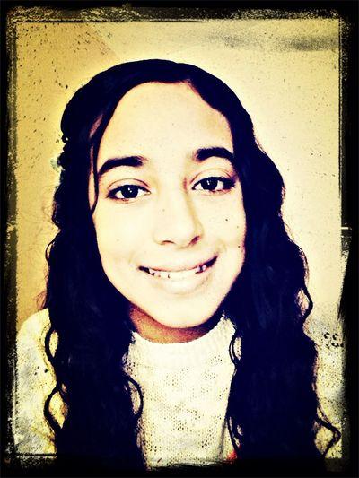 Salut c'est Farida et j'aime faire des photo <3